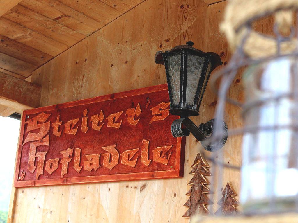 Steirer's Hofladele eröffnet, Frisches vom Steirerhof in Mieming, Foto: Knut Kuckel